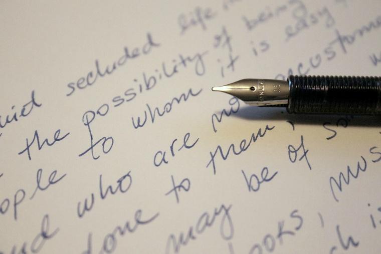 letter-761653_960_720.jpg
