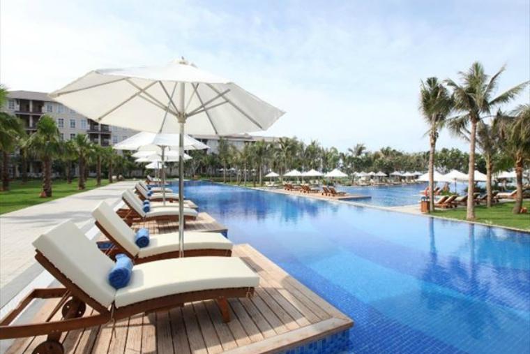 Swimming Pool (2).jpg