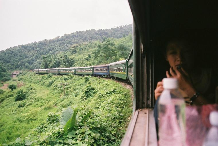 Vietnam_Train_1.jpg