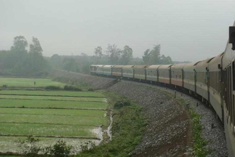 North-South_train_Vietnam.jpg