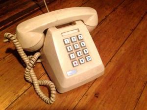 ベトナムの電話事情 携帯電話の使い方