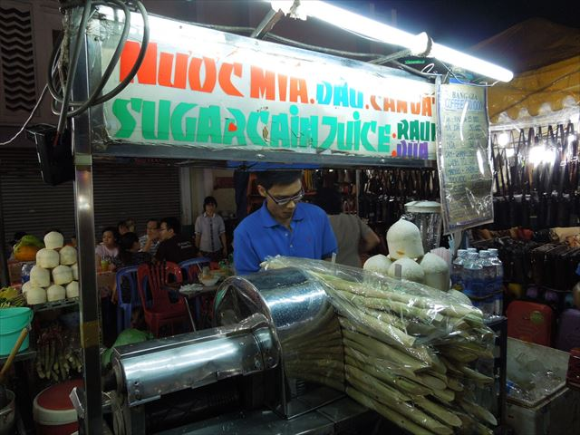 サトウキビジュース。ベトナム定番の屋台ドリンク