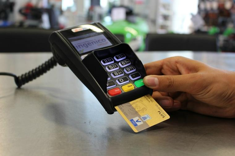 ec-cash-1750490_1920.jpg