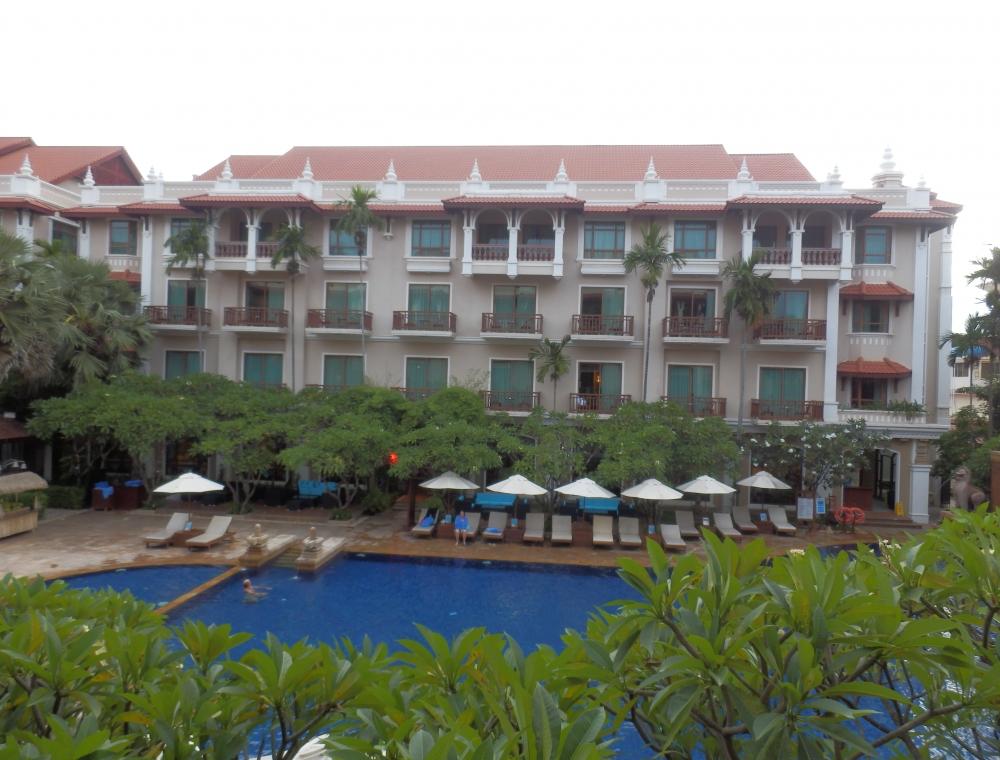 立地も良く安心のホテル-1