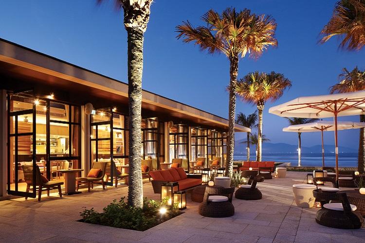 プールハウスレストラン