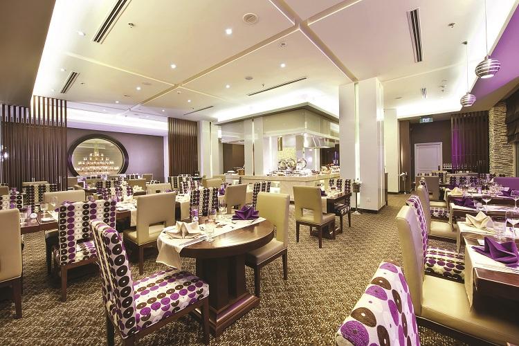 モーベンピック ホテル ハノイ レストラン