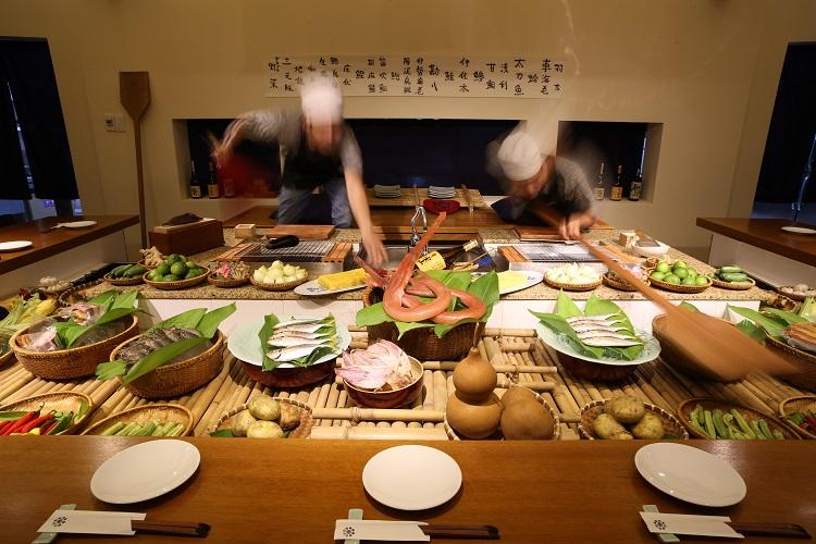 日本食レストラン「五行」炉端