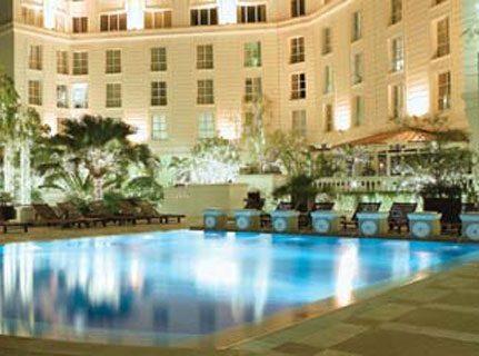 ホテル ソフィテル レジェンド メトロポール ハノイ プール