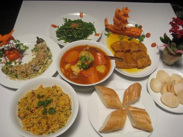 水上人形劇鑑賞とベトナム料理ディナー画像